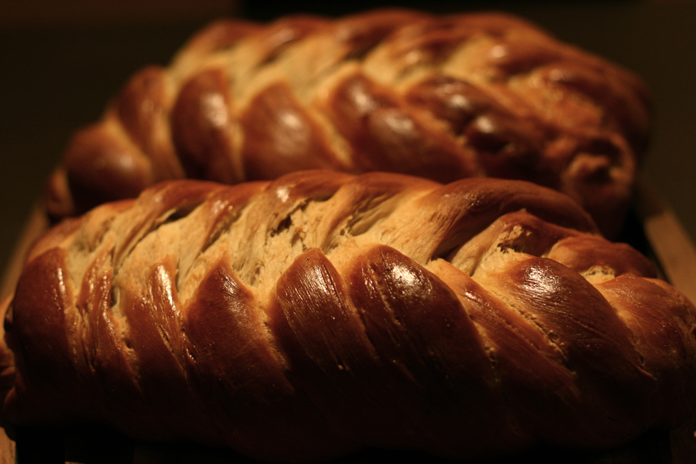 Eight-braid Challah (img: Sean Patrick Doyle)