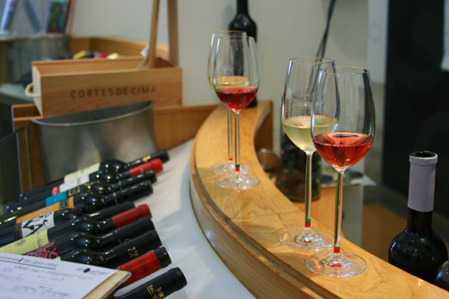 The first round of a generous tasting at ViniPortugal (img: Sean Patrick Doyle)
